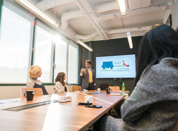 A salesman speech during a workshop
